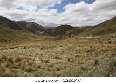 Lindis pass, Highway 8 on southern island of New Zealand