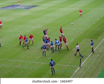 Line-out in the rugby between Wales & Italy at the millennium Stadium