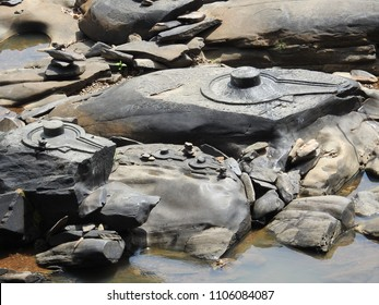 Lingams at Sahasralinga is situated in river Shalmala, Sirsi Taluk in the district of Uttara Kannada of Karnataka state in India.