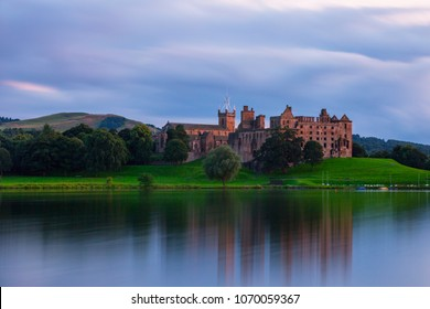 Linlithgow Castle Ruins, the birthplace of Mary Queen of Scots in West Lothian, Scotland.