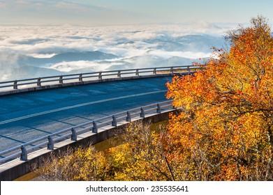 Linn Cove Viaduct Blue Ridge Parkway Autumn Foggy Valley Scenic