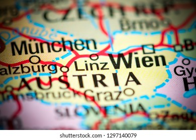 Linz, Austria on a map