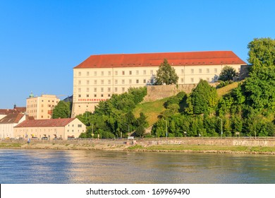 Linz, View on Castle (Schlossmuseum), Upper Austria