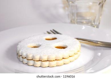 Linzer Auge - a famous austrian dessert