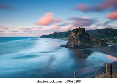 Lion Rock, Piha Beach at Sunset | Auckland, NEW ZEALAND