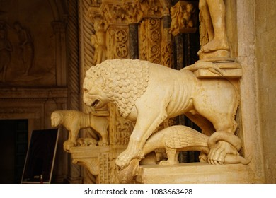 Lion statue on porch of St Lawrence Cathedral, Trogir, Croatia