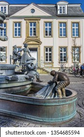 LIPPSTADT, GERMANY - MARCH 22, 2019: Statue Burgerbrunnen at the market square in Lippstadt, Germany