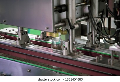 Liquid bottle filling and packing machine in food industry