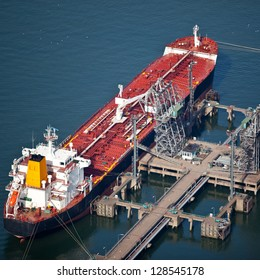 Liquid bulk carrier