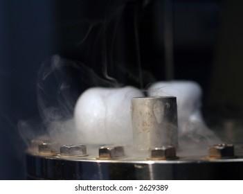 liquid nitrogen trap