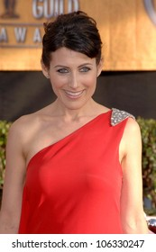 Lisa Edelstein at the 15th Annual Screen Actors Guild Awards. Shrine Auditorium, Los Angeles, CA. 01-25-09