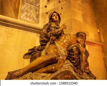 Lisbon, Portugal / September 30, 2019 : Interior decoration of the Lisbon Cathedral in Lisbon, Portugal.