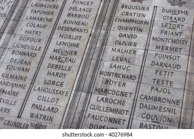 List the names of 558 French generals on the wall of Arc de Triomphe
