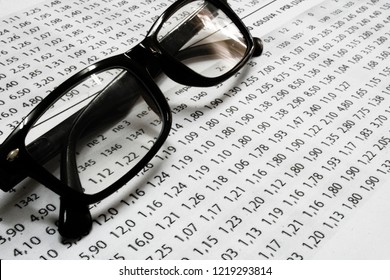 A list of sport betting odds with glasses