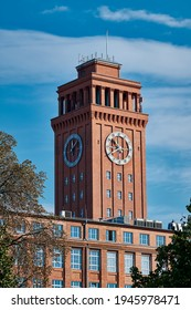 """The listed tower of """"Wernerwerks II"""" is the widely visible landmark of Berlin district """"Siemensstadt"""" (view from the """"Rohrdamm"""")"""