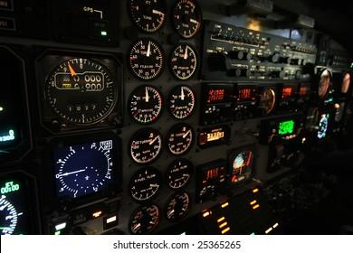 Lit instrument panel B1900D