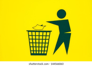 litter sign on yellow background