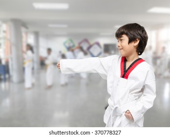 Little boy in taekwondo class