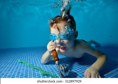 Underwater Telephone Images, Stock Photos & Vectors