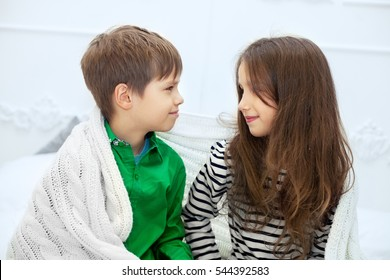 Boy and Girl Romantic Images, Stock Photos & Vectors | Shutterstock
