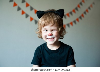 Halloween Makeup For Kids Boy.Halloween Makeup Kids Stock Photos Images Photography