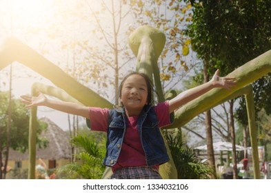 Little girl be happy on nature background