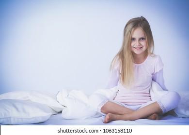 Tiny litte girl naked — img 12