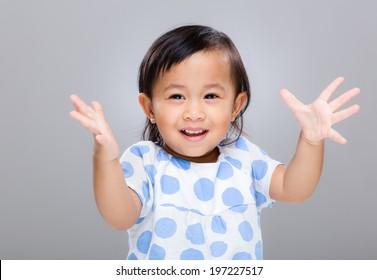 Little girl clap hand