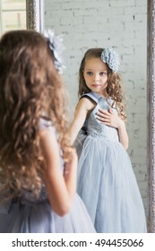 Kid Looking In Mirror Images Stock Photos Vectors Shutterstock
