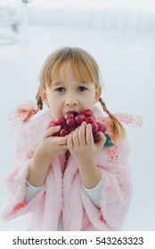 little girl and gifts