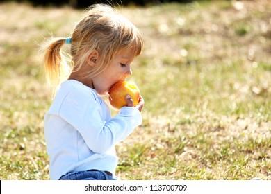 little girl on a picnic