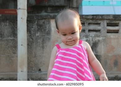 Little girl pink girl activity