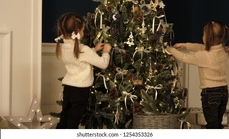 Children Kids Girls Christmas Xmas Santa Baubles Reindeer Knit Swing Mini Dress