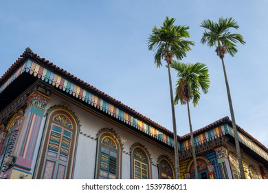 Little India, Singapore - October 18, 2019 : A popular tourist spot at House of Tan Teng Niah for Instagram. Colorful ancient building.