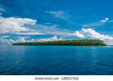 Little islet in the Ant Atoll, Pohnpei, Micronesia