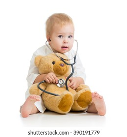 Little kid playing a doctor