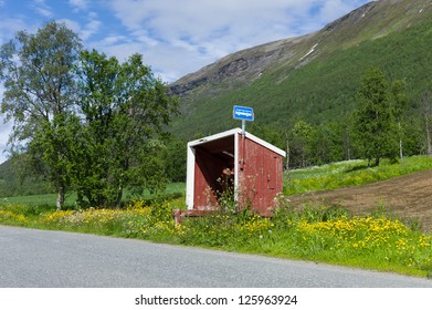 Little Norwegian bus shelter made of wood