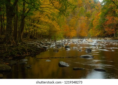 The LIttle River in spectacular autumn colors in Smoky Mountains National Park