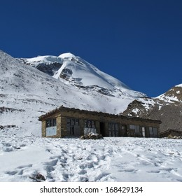 Little teashop on 5050 m altitude, just before Thorung La Pass