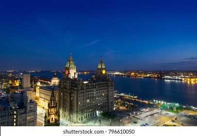 Liverpool, Liver building and river mersey in evening light