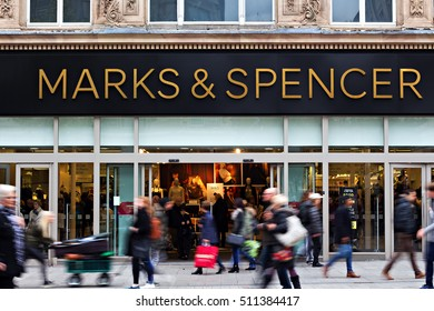 LIVERPOOL UK, 3rd NOVEMBER 2016. People shopping at the Marks and Spencer store in Liverpool city center.