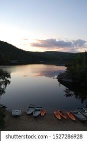 Living outside on a beautiful lake