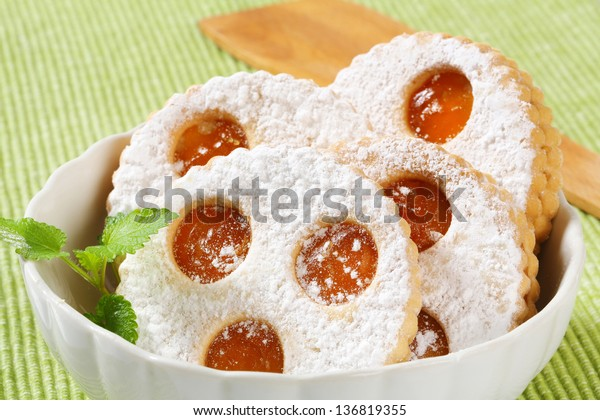 lizer cookies with jam and sprinkled with sugar