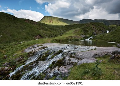 Llyn y fan fach, the welsh lake in Brecon Beacons national Park, the path