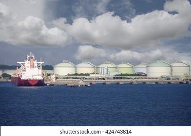 LNG Gas tanker loading in port