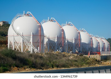 Spherical Storage Tank Images, Stock Photos & Vectors