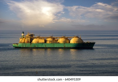 Lng tanker on the ocean by gas terminal