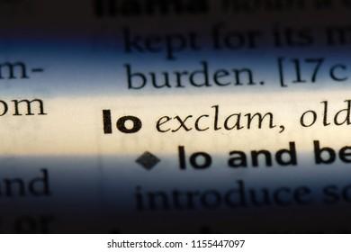 lo word in a dictionary. lo concept.