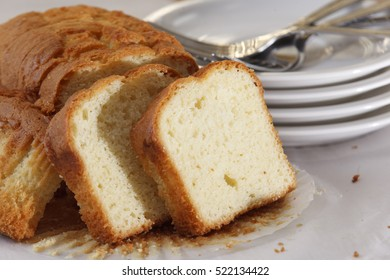 loaf of plain pound cake