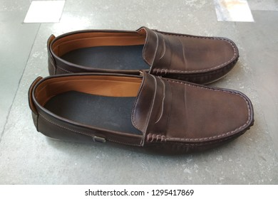 loafer shoes for men - image